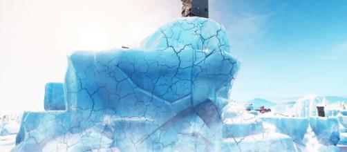 Polar Peak is cracking! [Image Credit: FreshPanda / YouTube]