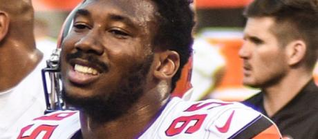 Myles Garrett not among those rooting for Gerald McCoy signing [Image via Erik Drost/Wikipedia Commons]