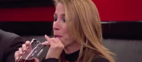 'Real Housewives of New York' star, Jill Zarin, tweets about using the bathroom request - Image credit - Bravo/YouTube