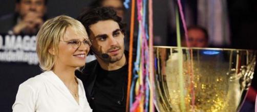 Alberto Urso emoziona con una dedica su IG dopo la vittoria di Amici 18: 'Grazie Maria'