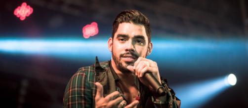 Avião que estava transportando o cantor Gabriel Diniz cai em Sergipe (Arquivo Blasting News)