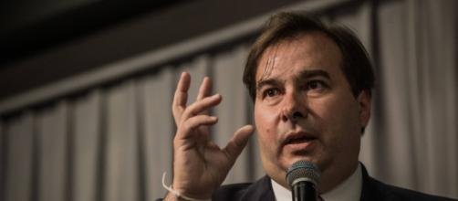 """Rodrigo Maia (DEM-RJ) foi o """"destaque"""" da manifestação deste domingo no Rio de Janeiro. (Arquivo Blasting News)"""