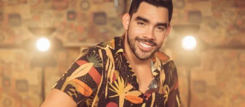 Gabriel Diniz ficou muito conhecido no Brasil com seu hit 'Jenifer'. (Arquivo Blasting News)