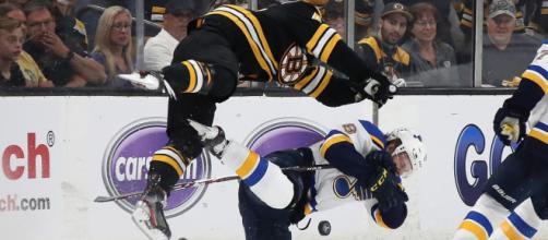 Los Bruins remontaron un 2-0 en contra en el juego 1 de la Stanley Cup Final. www.chicagotribune.com