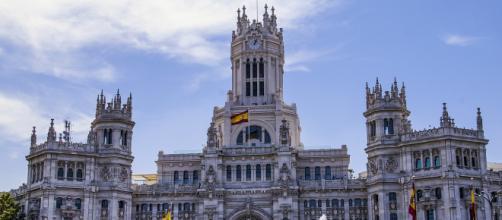 Cambio de cromos para dirigir el Ayuntamiento de Madrid