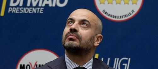 Gianluigi Paragone annuncia le sue dimissioni da senatore del M5S