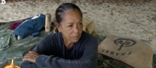 Isabel Pantoja pide un tinte en SV y de nuevo cuestionan sus privilegios