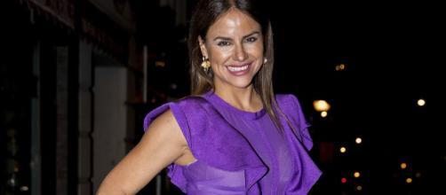 Mónica Hoyos se enrolla con un triàngulo de amor con Colate y Omar Montes en SV