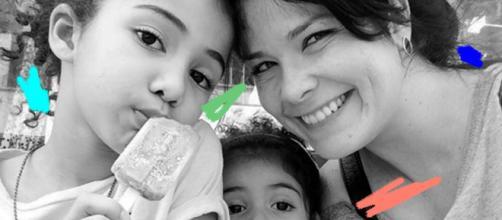 Atriz Samara Felippo junto com suas duas filhas. (Arquivo Blasting News)