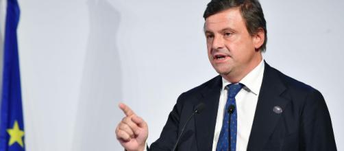 Carlo Calenda su twitter sfida Salvini
