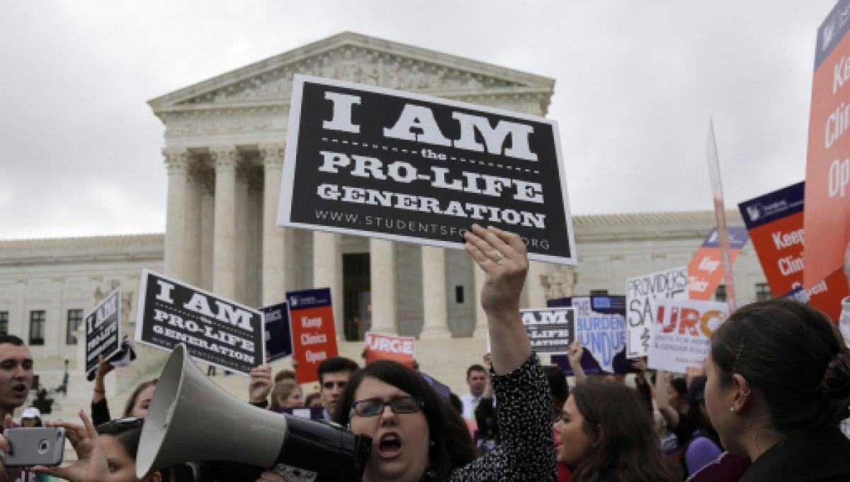 Risultati immagini per louisiana legge contro aborto