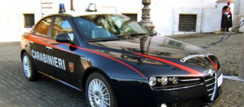 Sono affidate ai carabinieri di Lecce le indagini sulla morte di un anziano, bruciato vivo nella sua abitazione nel leccese.
