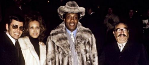 At age 88, Frank Lucas has passed away. - [Image source: Mobster Media / YouTube screenshot]