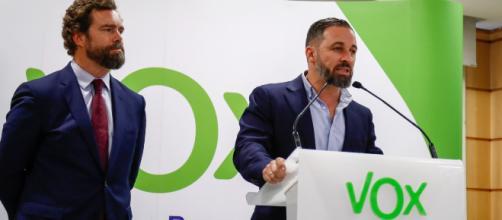 VOX pedirá a PP y Ciudadanos entrar en gobiernos autonómicos y ayuntamientos. / pressdigital.es