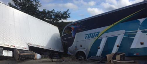 O acidente aconteceu por volta das 5h30 deste sábado, 4 (Divulgação/Corpo de Bombeiros)
