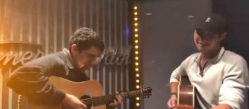 American Idol artitssLaine Hardy and Alejandro Aranda jam together for fan pleasure - Image credit - thelainehardy / Instagram