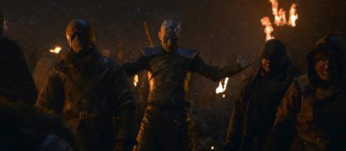 Rei da Noite levantando os mortos em Game of Thrones (Divulgação/HBO)
