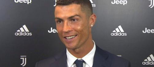 Ronaldo: 'La gente non vede l'ora che fallisca, a Madrid mi chiedono di tornare al Real'