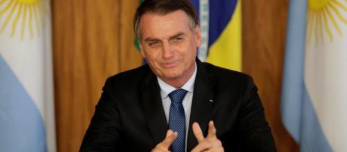Bolsonaro almoça com militares. (Arquivo Blasting News)