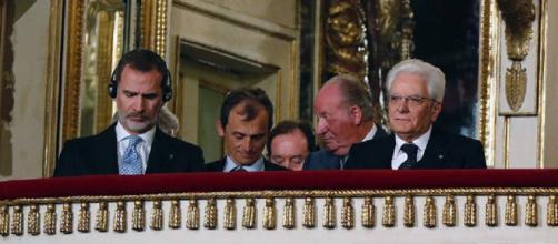 Felipe VI, Pedro Duque, don Juan Carlos y Mattarella, este martes en Nápoles. / EFE