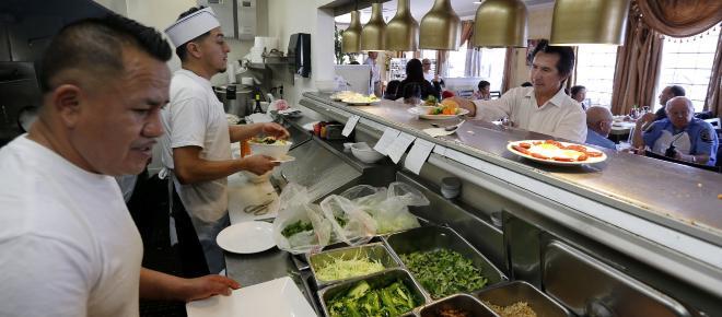 Estados Unidos otorgará 30 mil visas de trabajo temporal a inmigrantes extranjeros