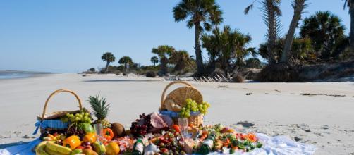 Estate: addio frittatona, in spiaggia arriva la 'SchiChic' - meteoweb.eu