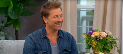 Paul Greene is very excited over his 'When Calls the Heart' romance and his new album. [Image source: HallmarkChannel-YouTube]