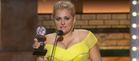 Ali Stroker champions inclusion for those with disability at the 2019 Tony Awards. [Image source: CBS-YouTube]