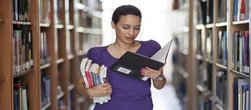 Concorso pubblico per istruttore scolastico, assistente sociale e archivista.