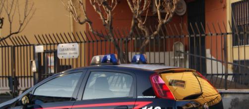 Latina, omicidio a Cisterna: donna trovata morta in casa, interrogato il marito