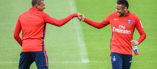 PSG : Neymar vs Mbappé ? Bertrand Latour tranche - footradio.com