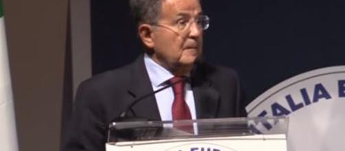 Romano Prodi protagonista della manifestazione 'La Repubblica delle Idee' si sofferma su vari aspetti.