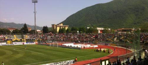 Salerno, tragedia ad Agropoli: tifoso si sente male durante la partita e muore