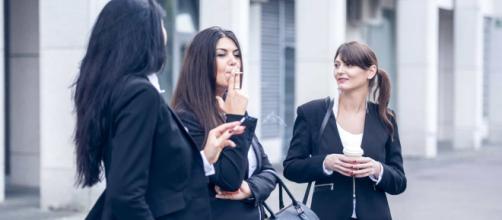 La pausa del cigarro podría no contar en la jornada laboral