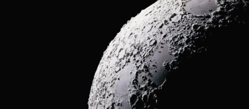 Luna, c'è metallo in un cratere del 'lato oscuro'