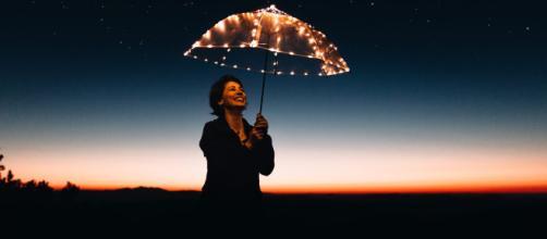 Oroscopo del giorno 17 giugno 2019 | Astrologia, classifica e previsioni: la Luna fa sosta nel Capricorno