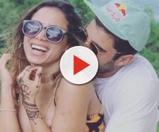 Anitta e Pedro Scooby assumiram o namoro durante viagem à Indonésia. (Reprodução/ Instagram/ @pedroscooby)