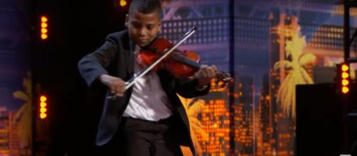 Tyler Butler Figueroa got 'America's Got Talent' golden buzzer triumph from Simon Cowell and strong words to bullies. [Image source: AGT-YouTube]