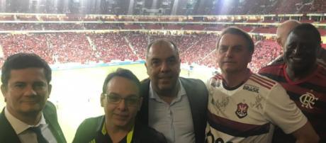 Em meio a crise, Bolsonaro e Moro vão prestigiar jogo no Estádio Mané Garrincha. (Divulgação/Twitter/@Flamengo)