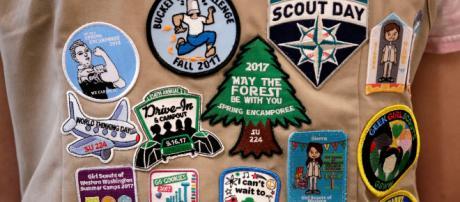 Como, scout di 8 anni prova ad accendere falò: gravemente ustionato