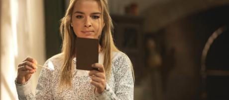 Il Segreto, spoiler spagnoli: Antolina lancia una maledizione ad Elsa