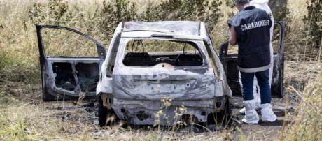 Roma, identificata una vittima del rogo di Torvajanica: proseguono le indagini