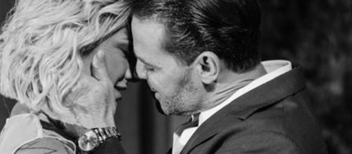 Recentemente Eduardo publicou foto aos beijos com Antonia. (Reprodução/Instagram/@ladyfontenelle)