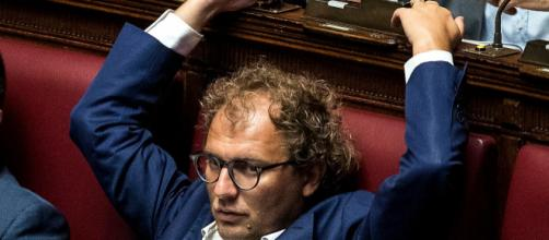 Massimo Cacciari vuole che Luca Lotti sia cacciato dal Pd