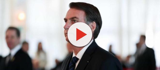 Bolsonaro ameaça demitir presidente do BNDES: 'está com a cabeça a prêmio'