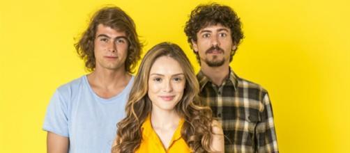 Jerônimo faz de tudo para prejudicar o irmão João e Manu em 'Verão 90'. (Divulgação/ TV Globo)