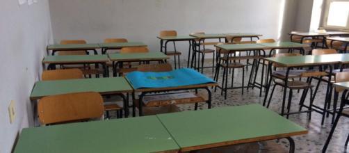 Napoli, si uccide l'insegnante accusato da due allieve.