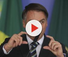 Bolsonaro estuda reduzir imposto para celulares e computadores. (Arquivo Blasting News)