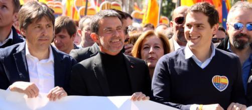 Rivera rompe con Manuel Valls en Barcelona