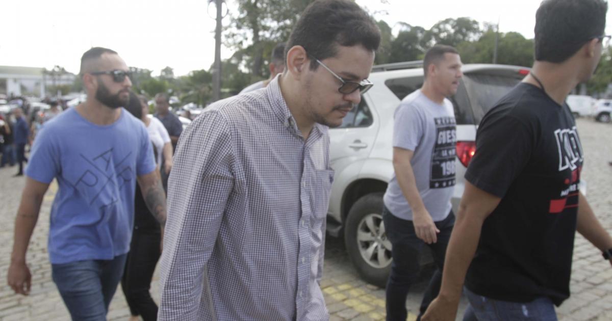 Resultado de imagem para filho de deputada e pastor assassinado é preso em enterro